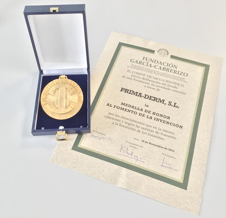 Medalla_Diploma_Premio_PrimaDerm